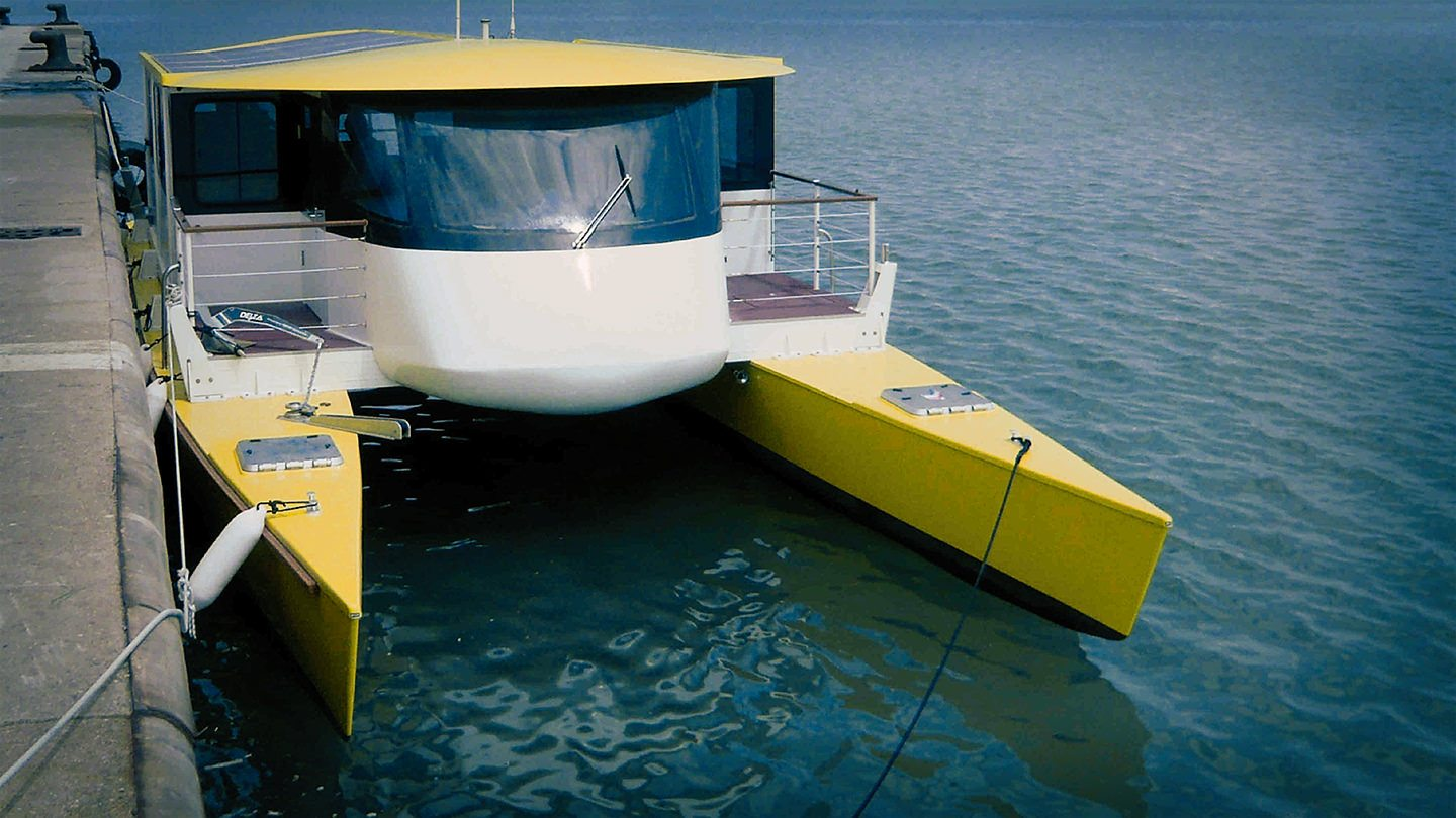 Electric Boats a photo of Aquabus C60