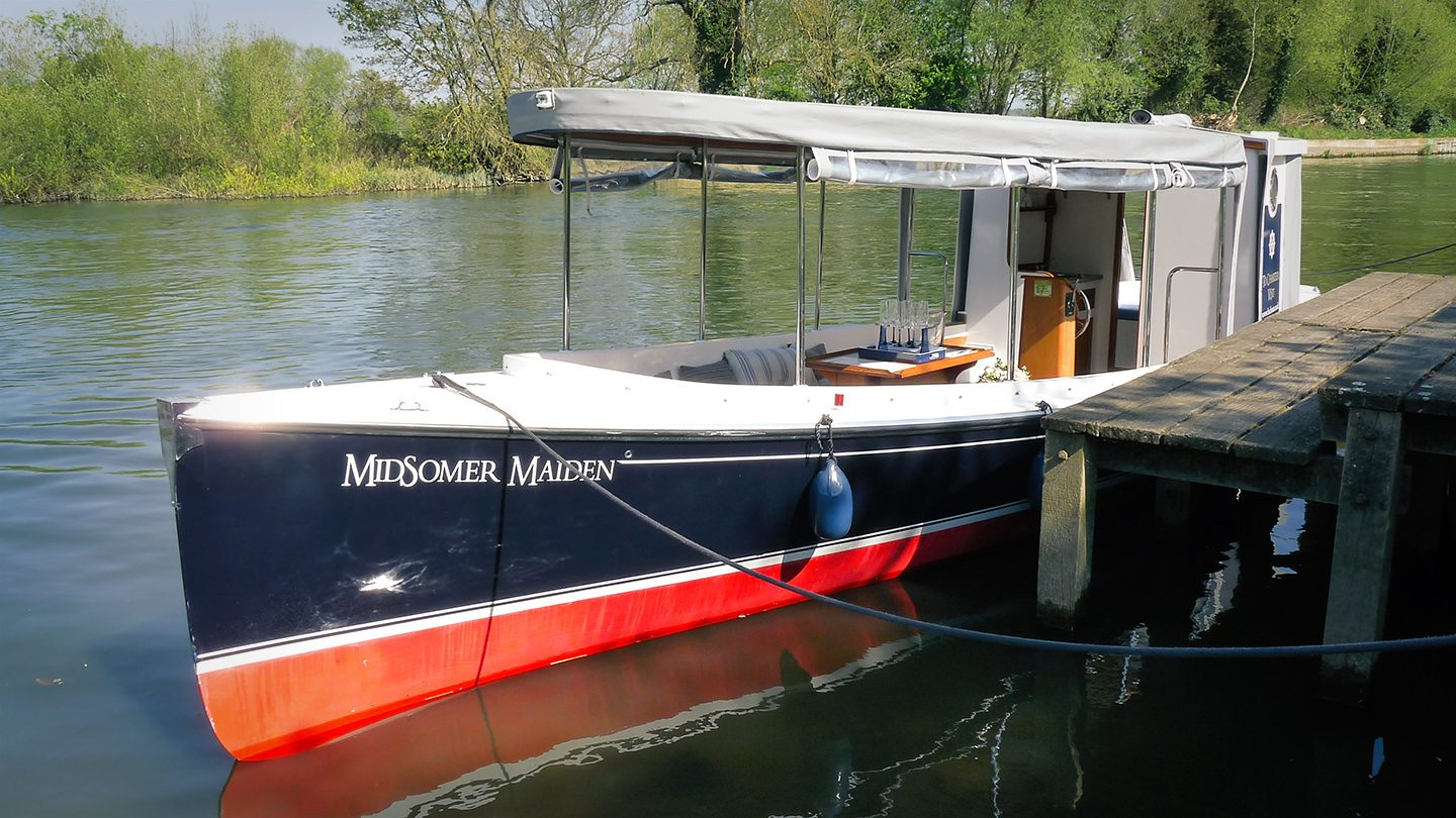 The FROLIC 31 Electric Boat Wallingford Thames