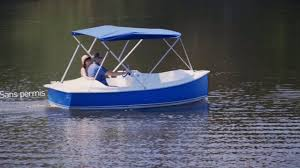 Ace - a 5 seater electric boat