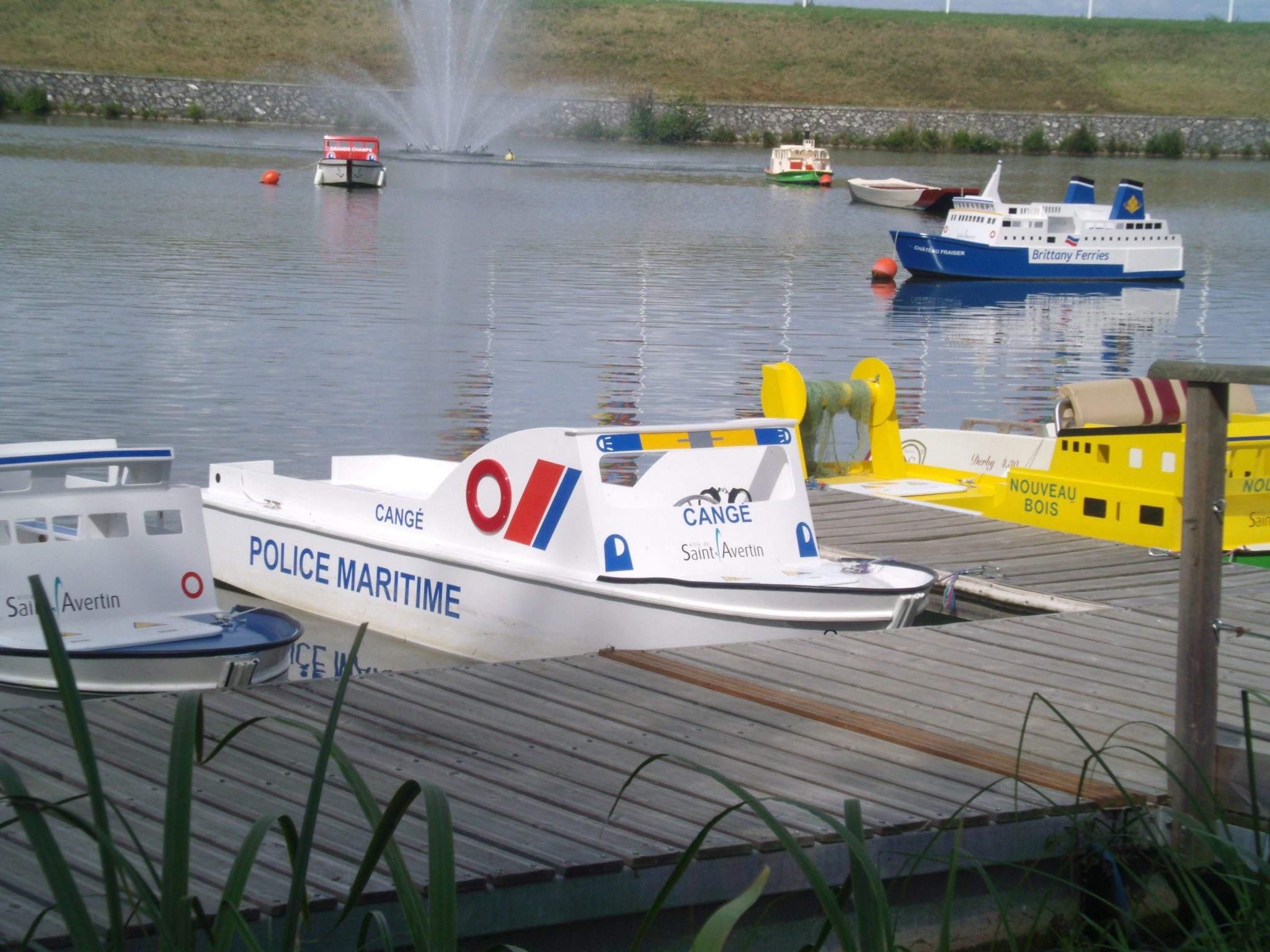 A themed electric boat for children